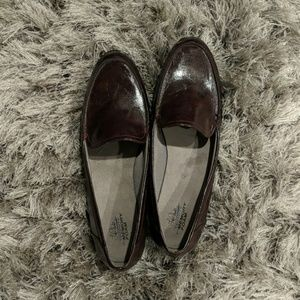 NWOT Women's Brown Loafer Shoes with Memory Foam